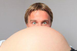 Mit sau adevăr: au şi tăticii pofte şi greţuri atunci când tu eşti însărcinată?