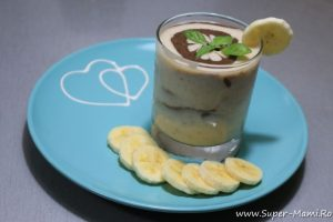 Reţetă de smoothie pentru bebeluşi: Choco smoothie