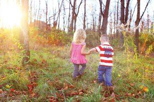 11 lucruri pe care ar trebui să le facă un copil zilnic.
