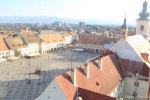 Ce să faci în Sibiu cu copilul? Vedere spre Piaţa Mare