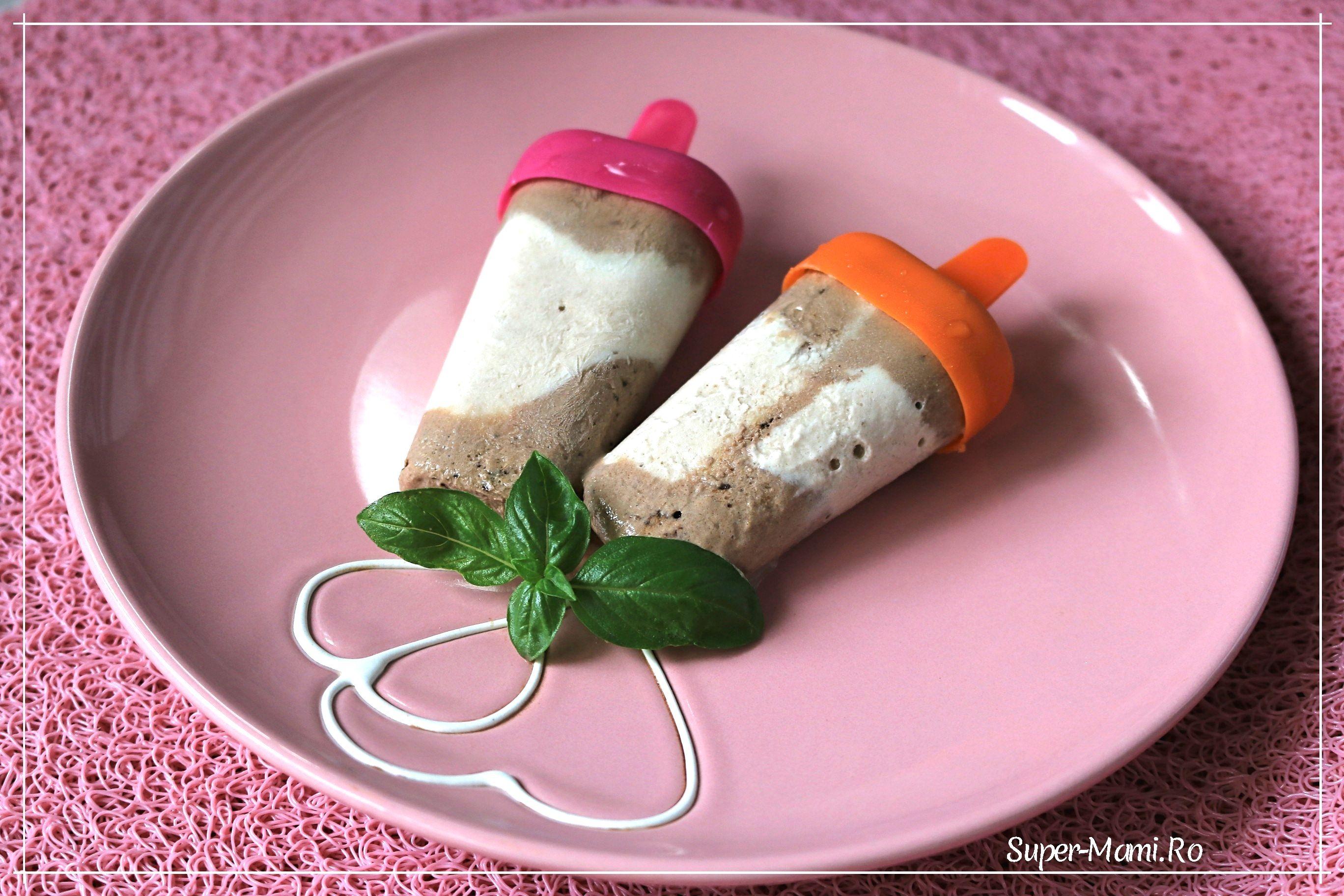 Zece reţete de dulciuri fără zahăr pentru copii, făcute în casă