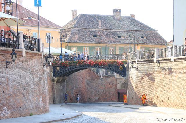 podul minciunilor Sibiu