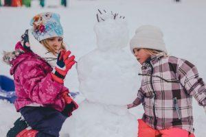 31 lucruri pe care trebuie să le faci cu copilul în această iarnă