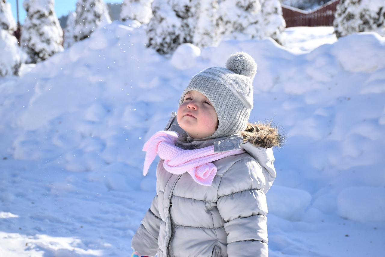 Sfaturi practice cum imbracam copilul iarna 1