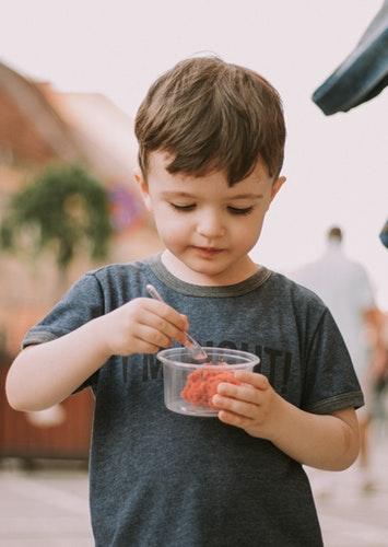 Zece super alimente pentru copii