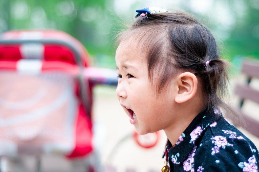 Şase lucruri pe care le face copilul tău şi ce înseamnă fiecare