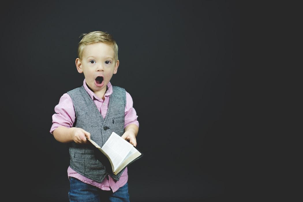 67 de întrebări pe care să i le pui copilului tău ca să îl cunoşti mai bine
