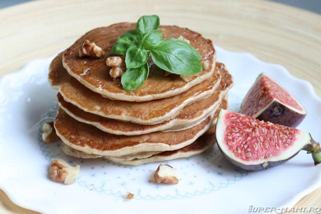 Cum faci clatite cu banane (Pancakes cu banane) (3)
