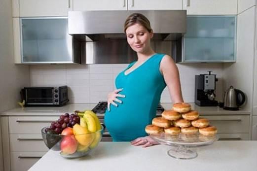 Ce alimente poţi mânca şi ce alimente nu poţi mânca în sarcină